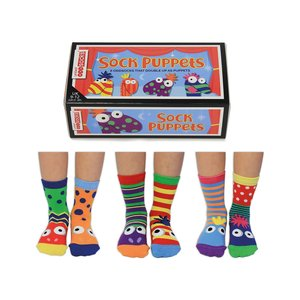 Box The sock puppets